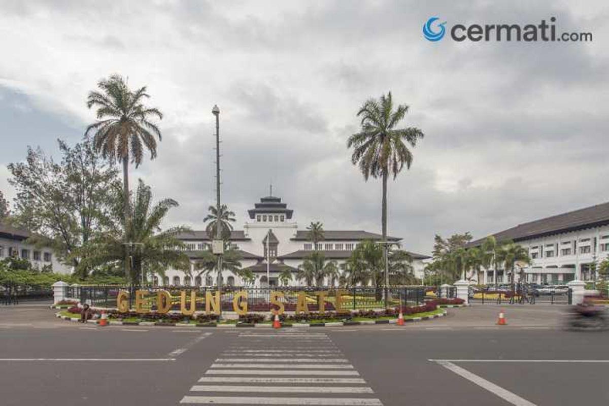 Tempat Wisata Di Bandung Yang Kece Untuk Liburan Bareng Keluarga Cermati Com