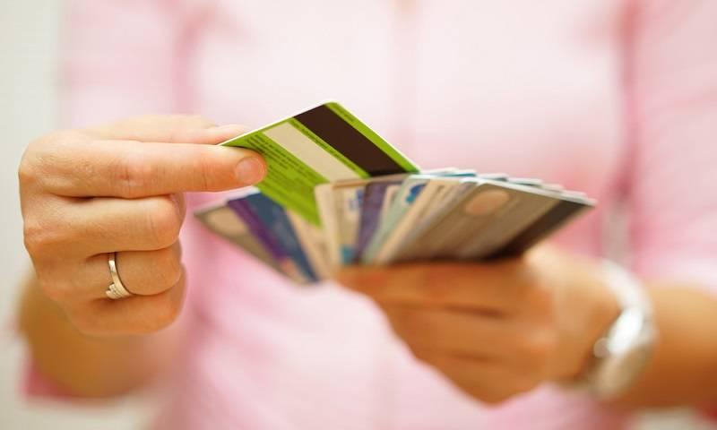 Kartu Kredit yang Banyak Dipakai