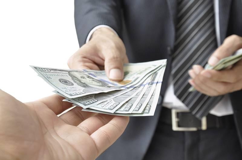 Pinjam Uang Dari Teman Atau Saudara via mhginsurance.com