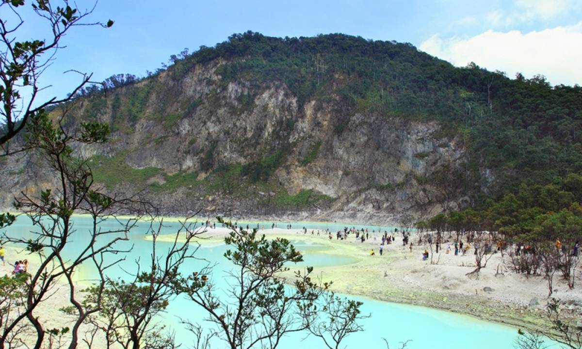 10 Destinasi Wisata Paling Ramai di Daerah Bandung Selatan