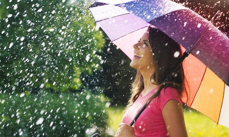 Payung dan Hujan