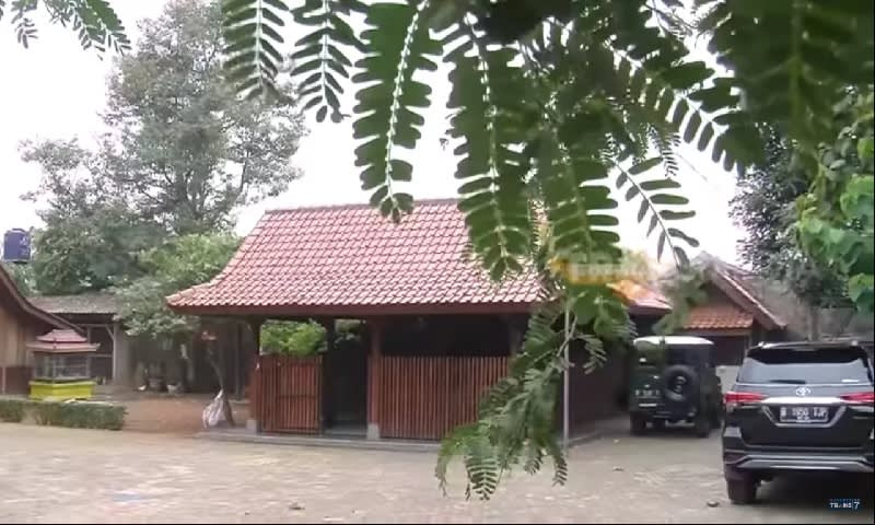 luas rumah mandra
