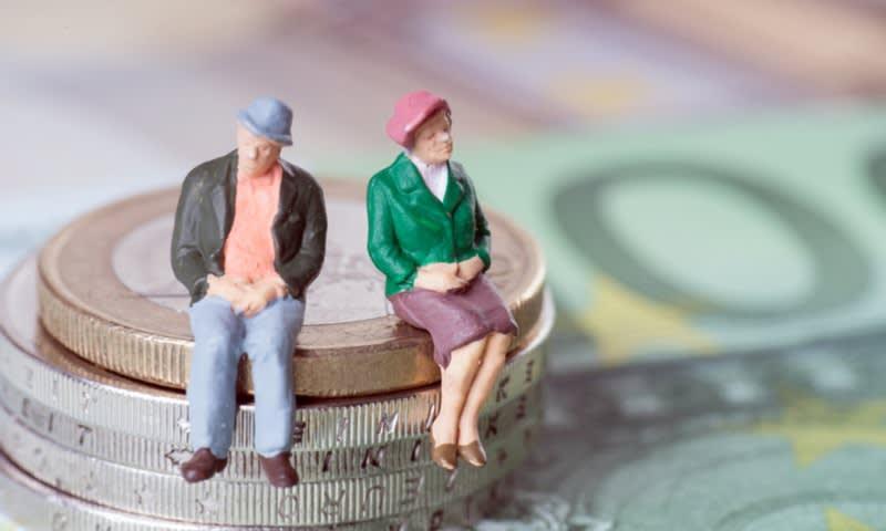 uang pensiun