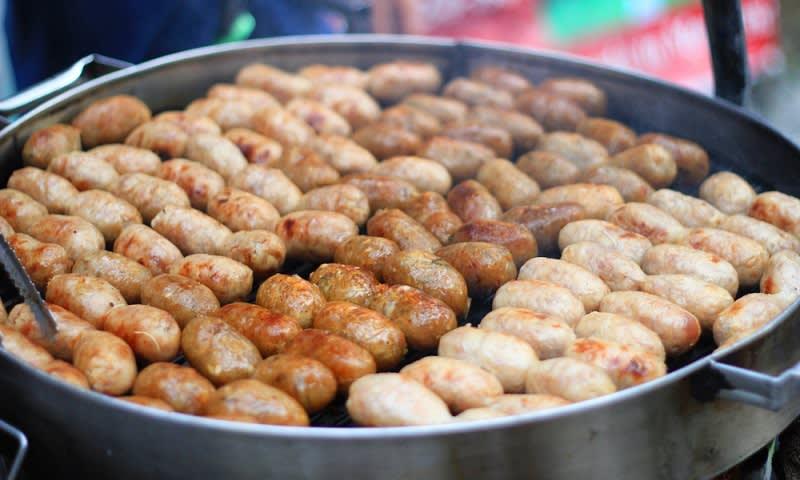isaan, surganya street food di thailand
