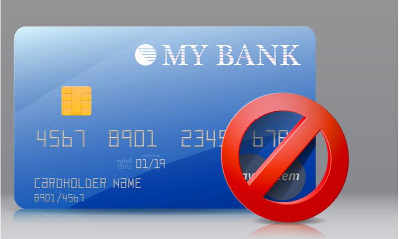 menghentikan penggunaan kartu kredit sementara