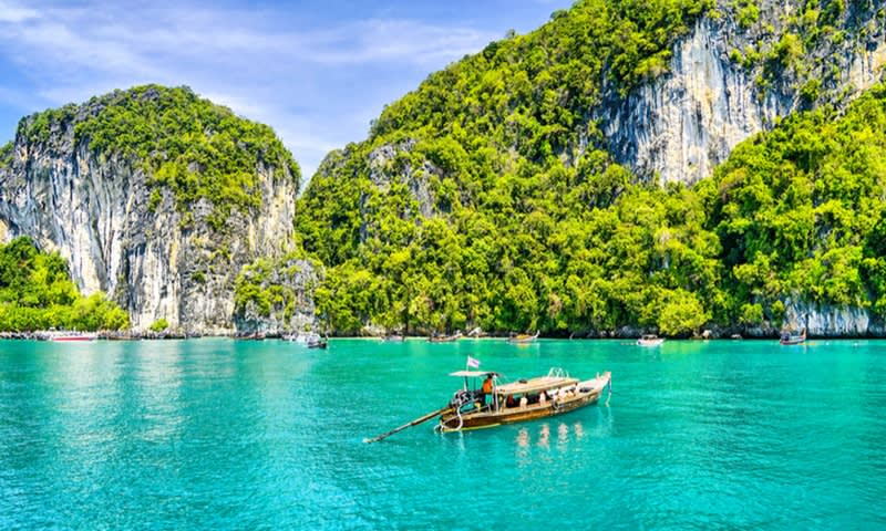 11 Tempat Wisata Seru di Thailand yang Wajib Dikunjungi