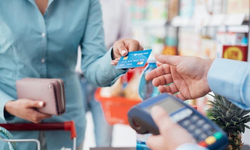Kartu Kredit di Supermarket