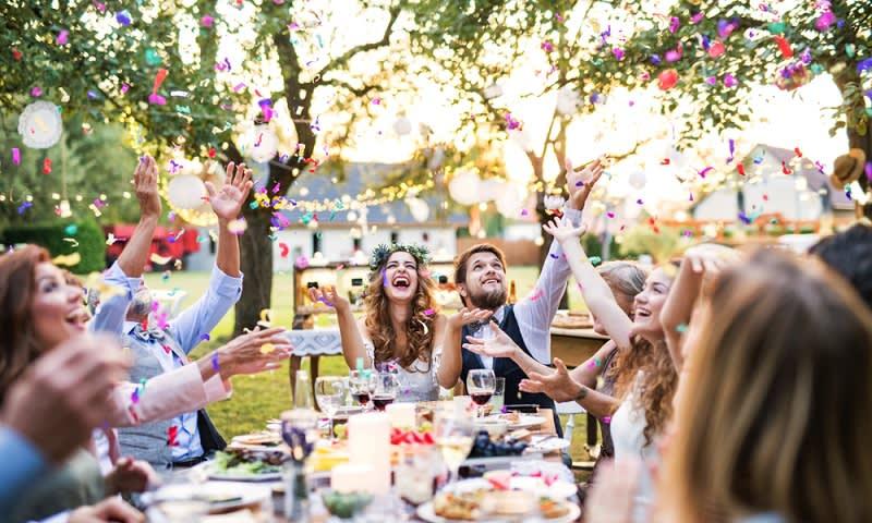 Suasana pesta pernikahan