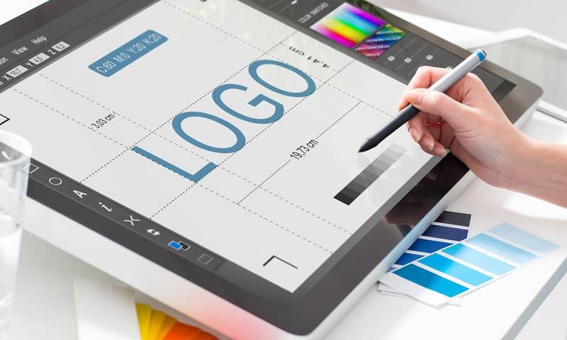 Tambah Uang Saku dengan Jadi Freelance Graphic Designer