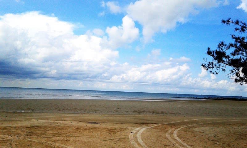 Pantai Pasar Padi