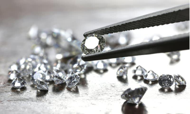 Cara Menentukan Harga Berlian
