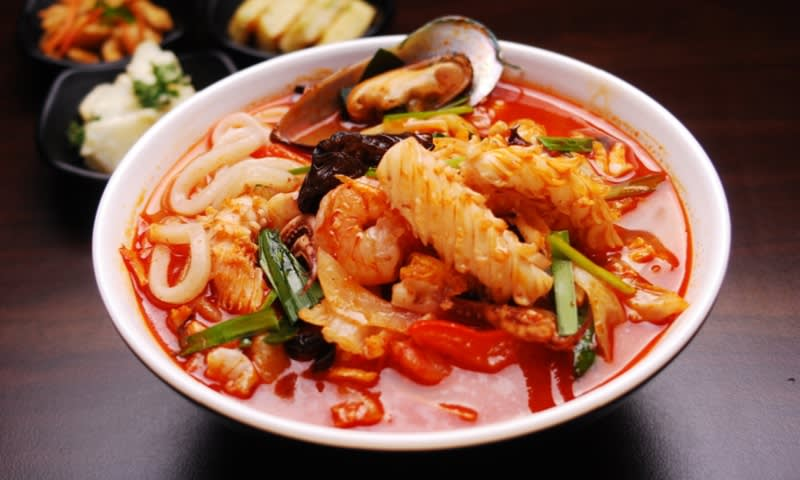 Hindari Makanan Pedas yang akan Memperburuk Efek Alergi