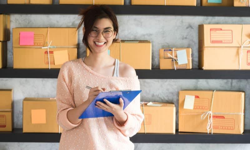 ritel barang konsumsi dan jasa online