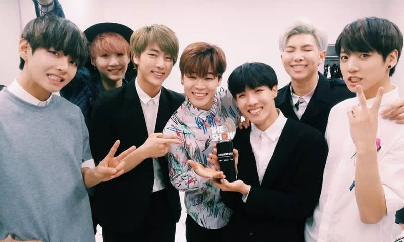 BTS First Win The Show
