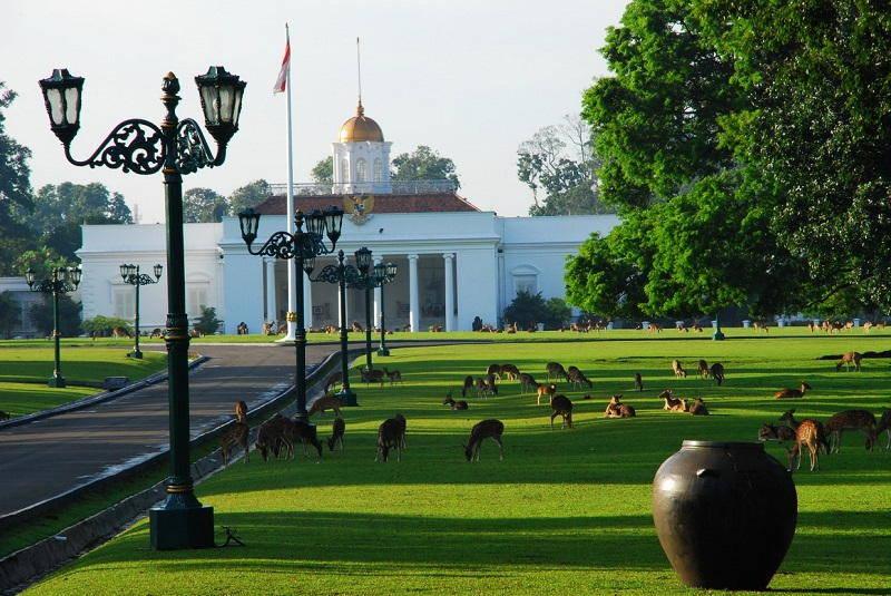 Istana Bogor, Bogor via fajar.co.id