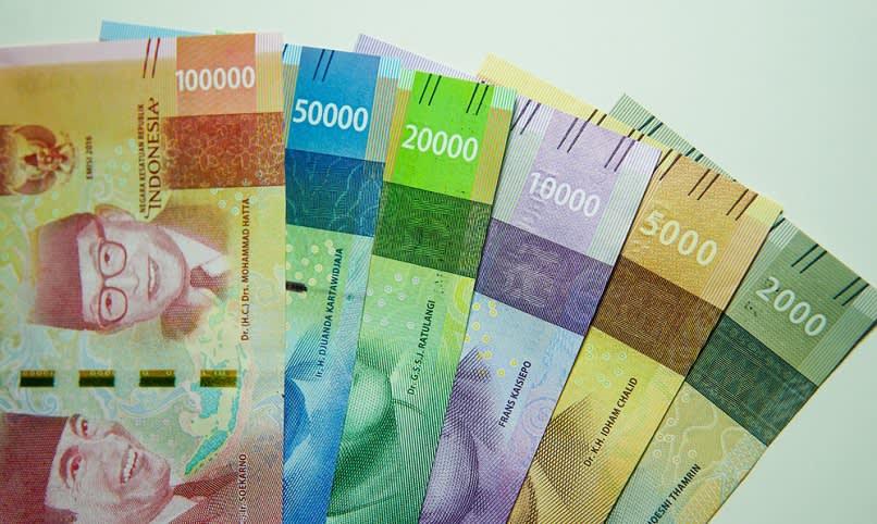 uang thr