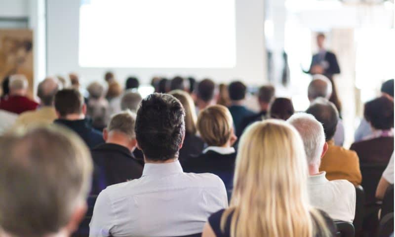 fokus pada tujuan menghadiri acara