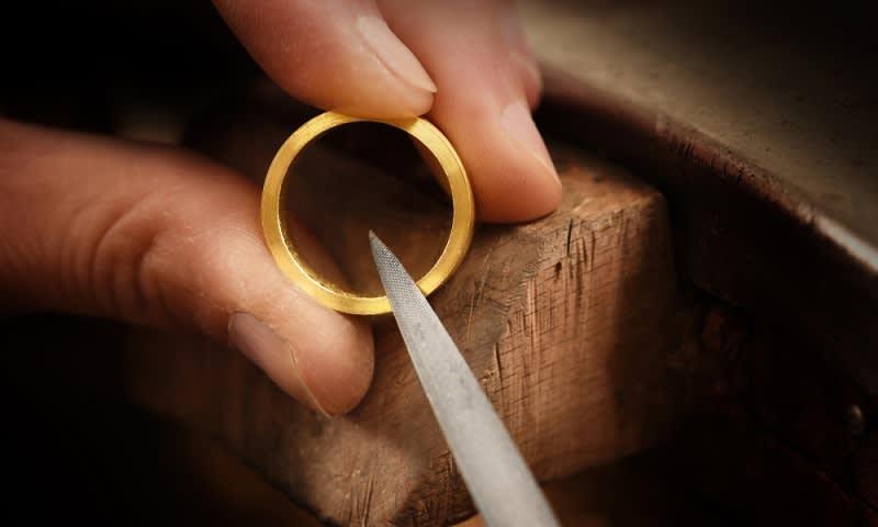 pembuatan emas