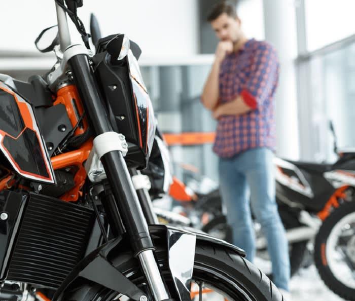 Mencari Pinjaman Sepeda Motor ??